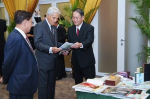 The King of Perak State, during the Henry Butcher Art Auction, KL