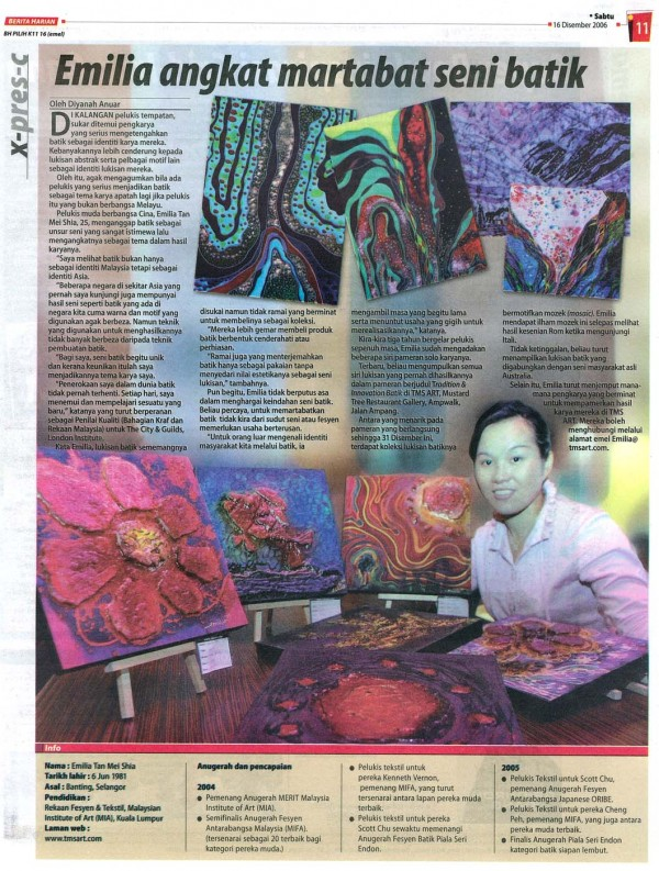 "2006 Berita Harian News "" Emilia Angkat Martabat Seni Batik"""