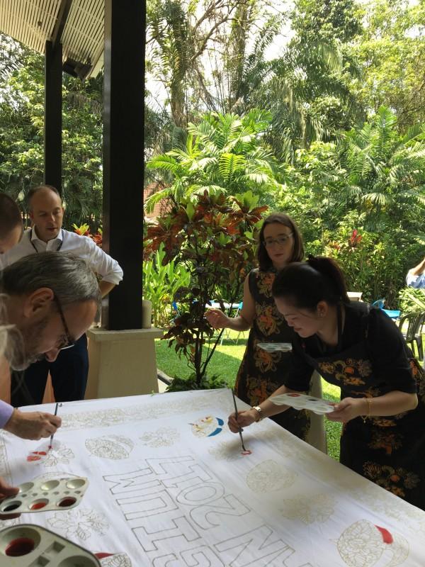 batik team building @ your house